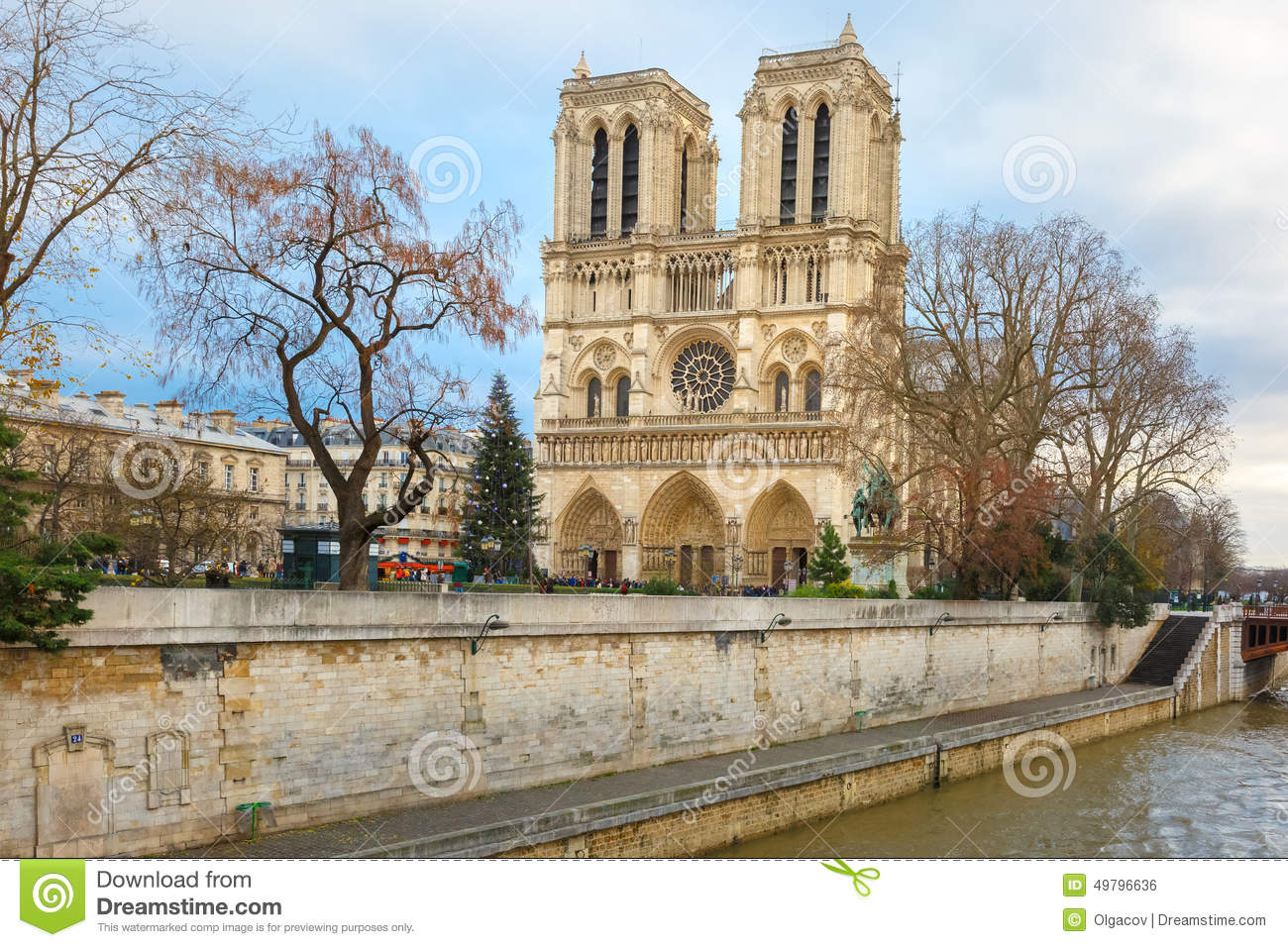 Cathedral Of Notre Dame De Paris At Christmas Stock Photo - Image of ...