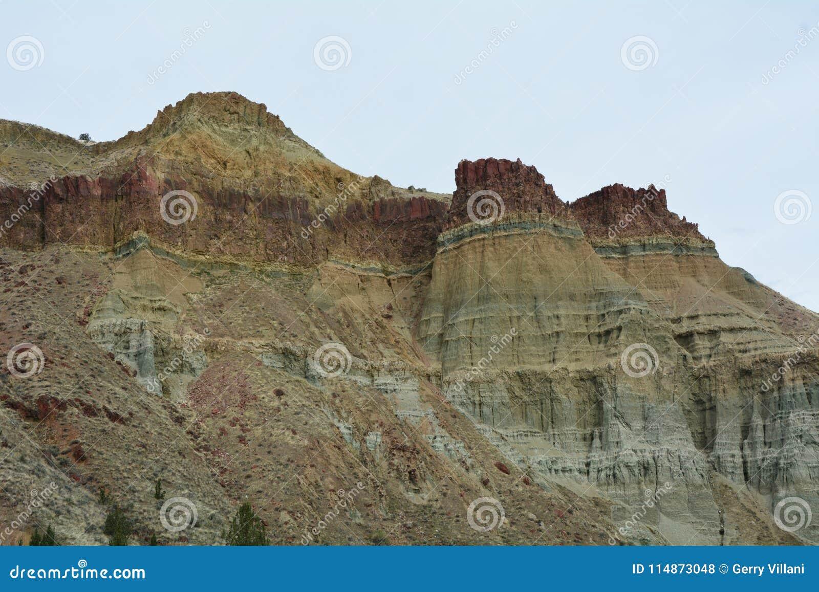 Cathedral Rock, Central Oregon Image 2