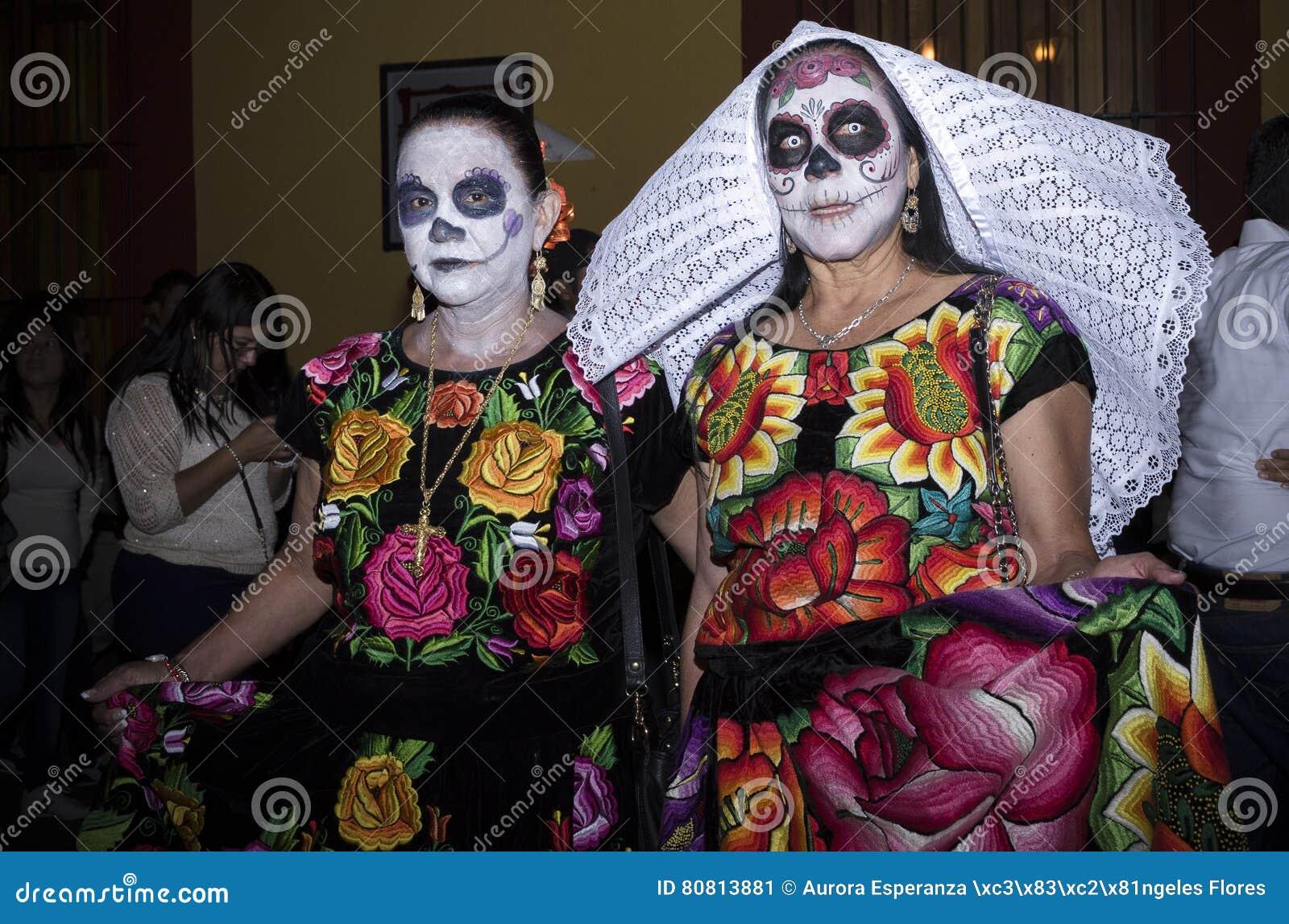 Catrinas Als Tehuanaskostuum Redactionele Foto Afbeelding