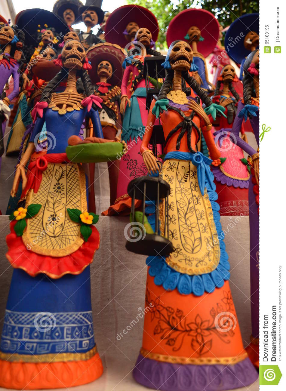 Catrinas of Capula created by mexican craftsmen