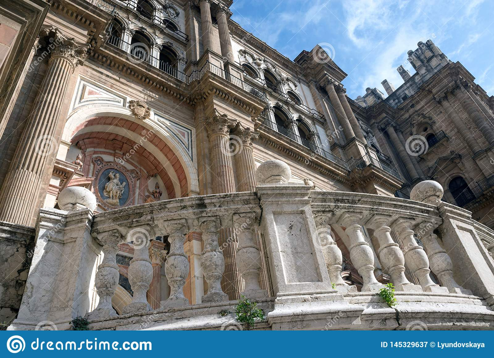 Cattedrale di Malaga, Spagna Vecchie viste delle pareti di pietra