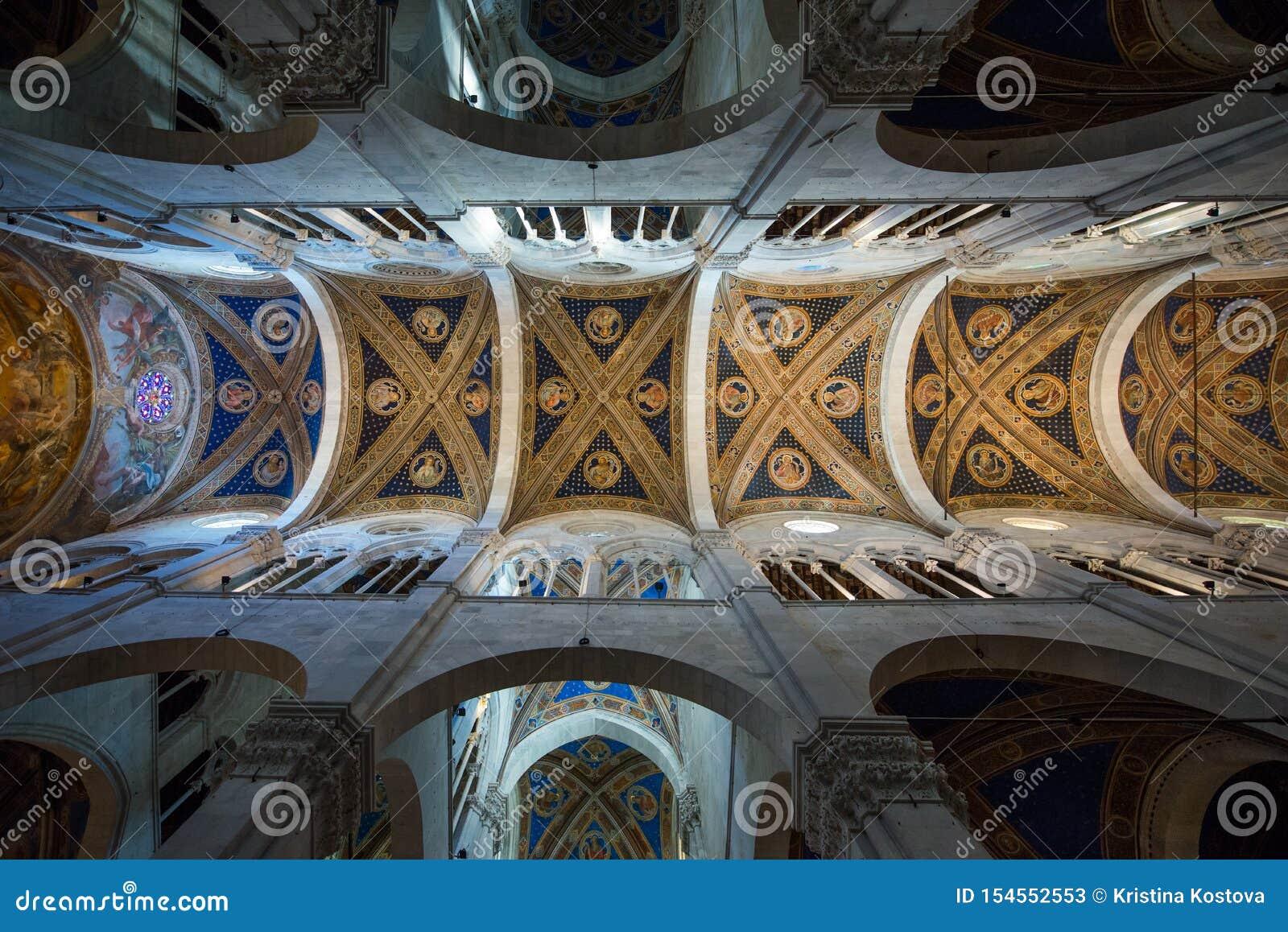 Cattedrale Di San Martino Nell Interno Di Lucca Immagine Stock Immagine Di Federico Centro 154552553
