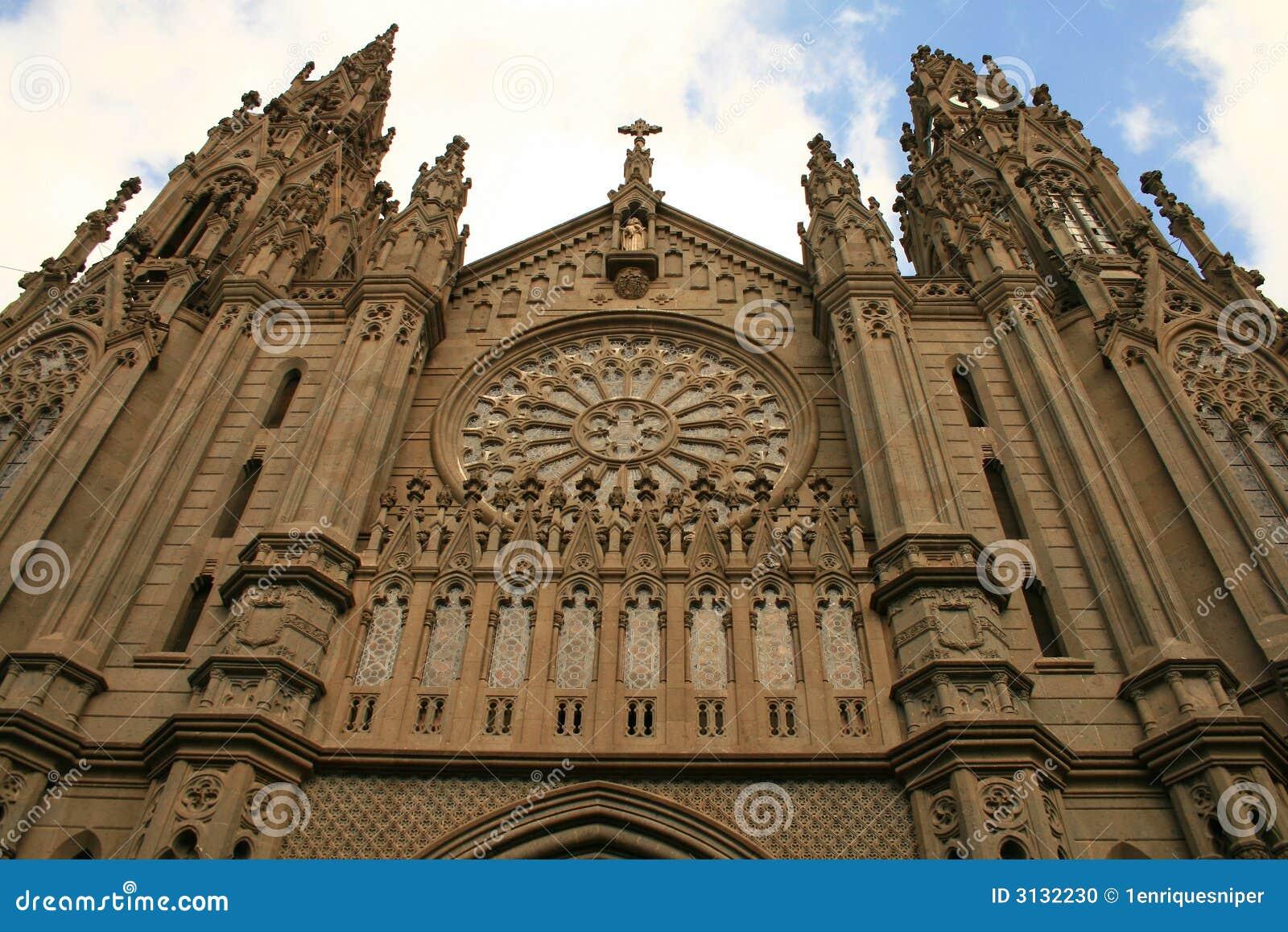 Cattedrale gotica in tropici