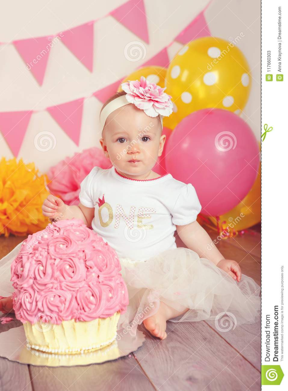 Swell Caucasian Baby Girl In Tutu Tulle Skirt Celebrating Her First Personalised Birthday Cards Beptaeletsinfo
