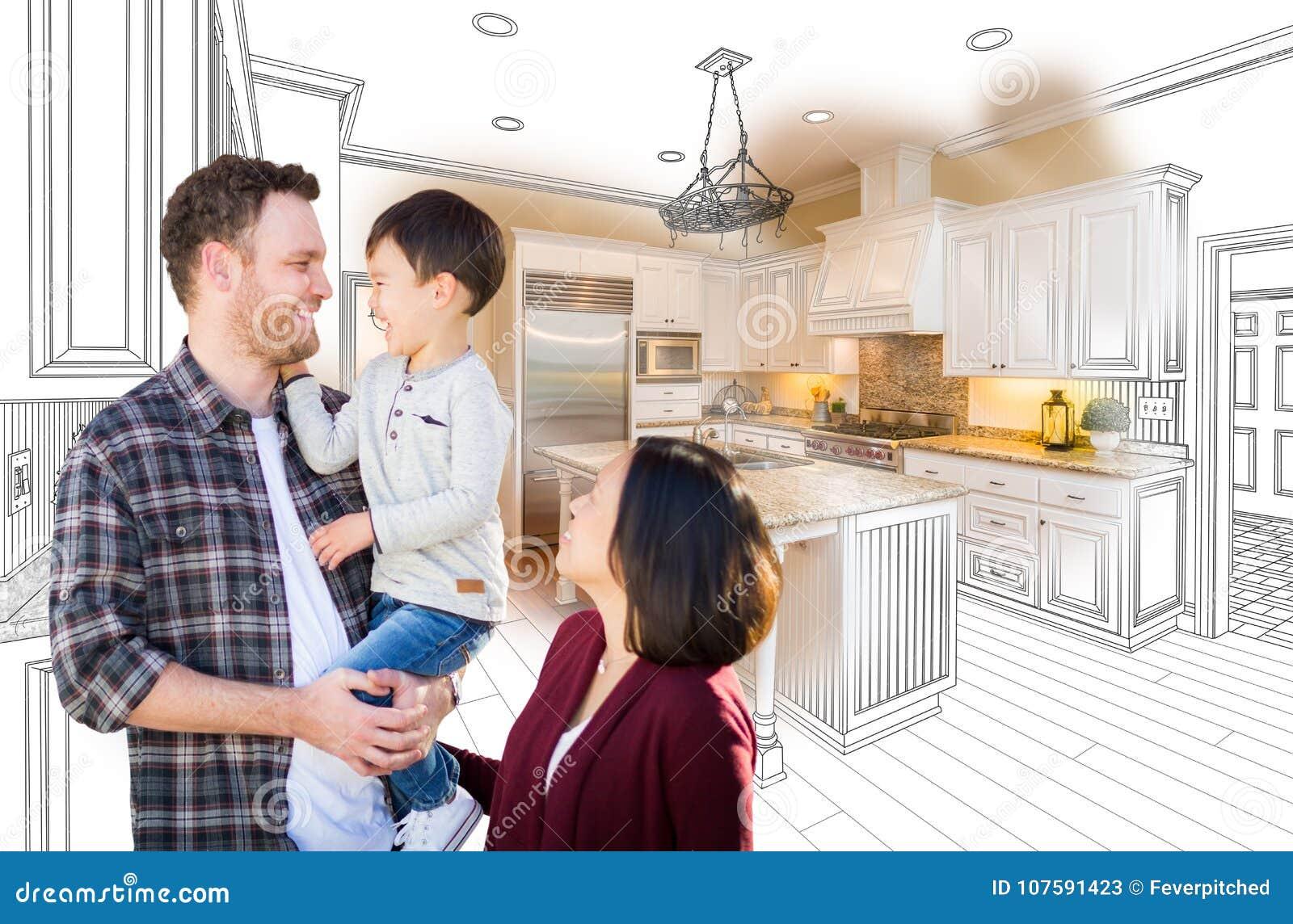 Caucasian och kinesisk familj för ungt blandat lopp i beställnings- kök