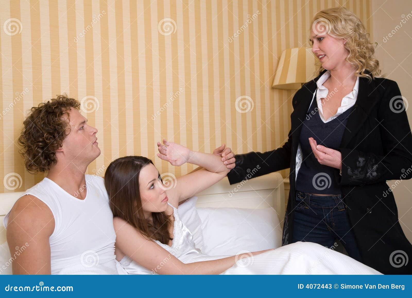 Трахаю жену с любовником, Любовник ебет мою жену -видео. Смотреть 34 фотография