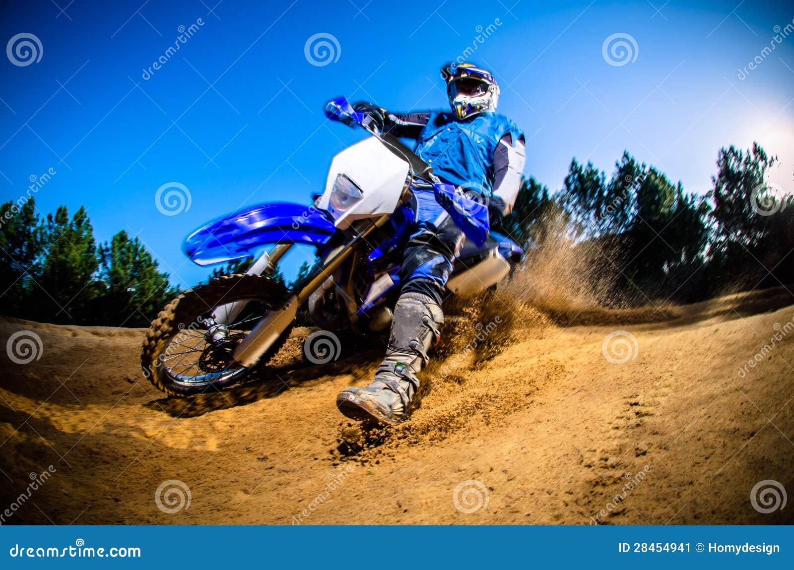 Cavaleiro da bicicleta de Enduro