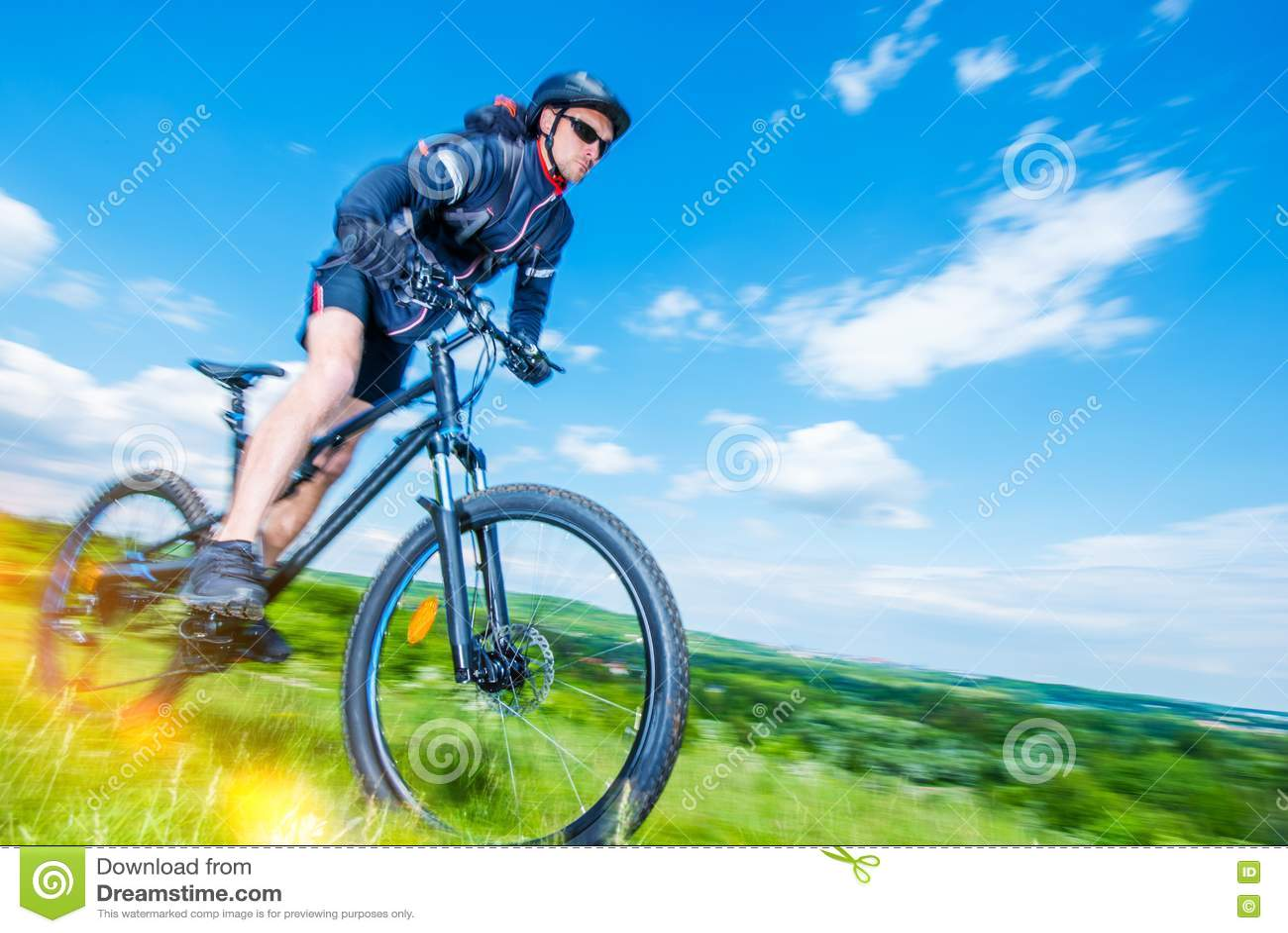 Cavaleiro do Mountain bike
