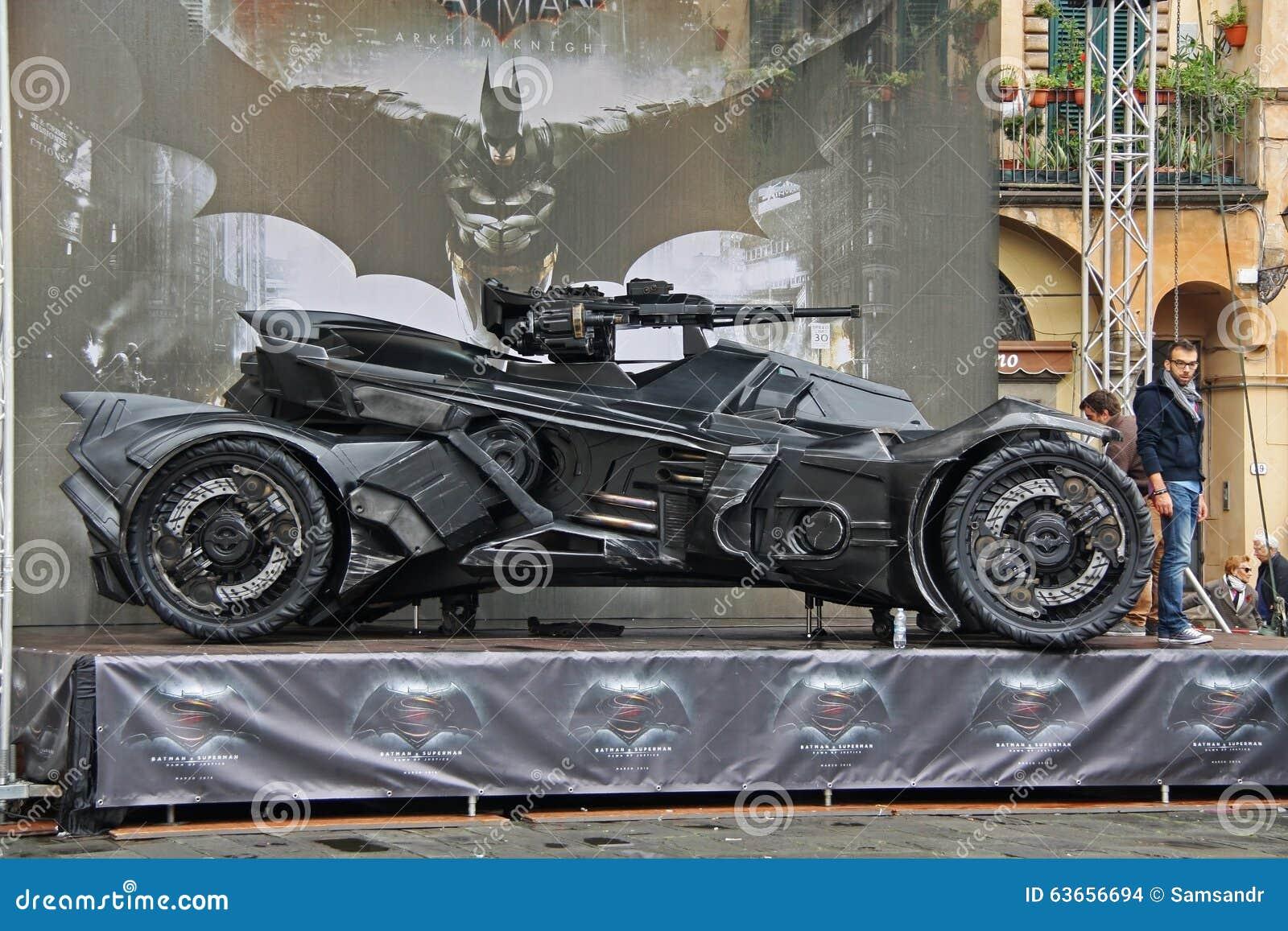 Cavaleiro escuro Batmobile