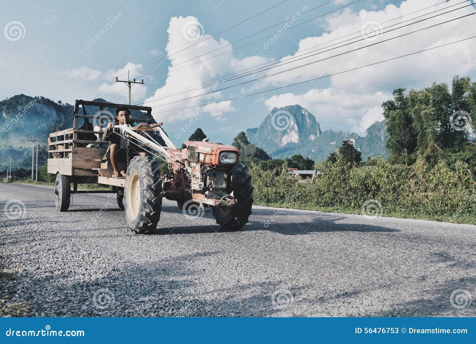 Cavalier de tracteur