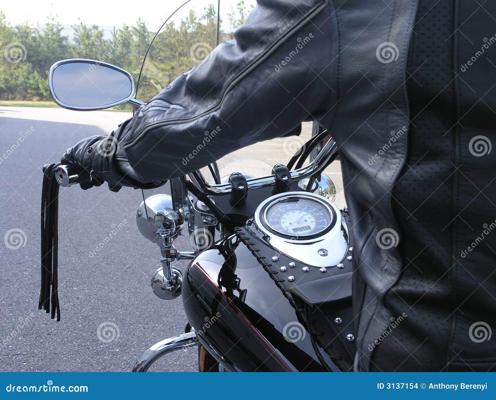 Cavaliere 2 del motociclo