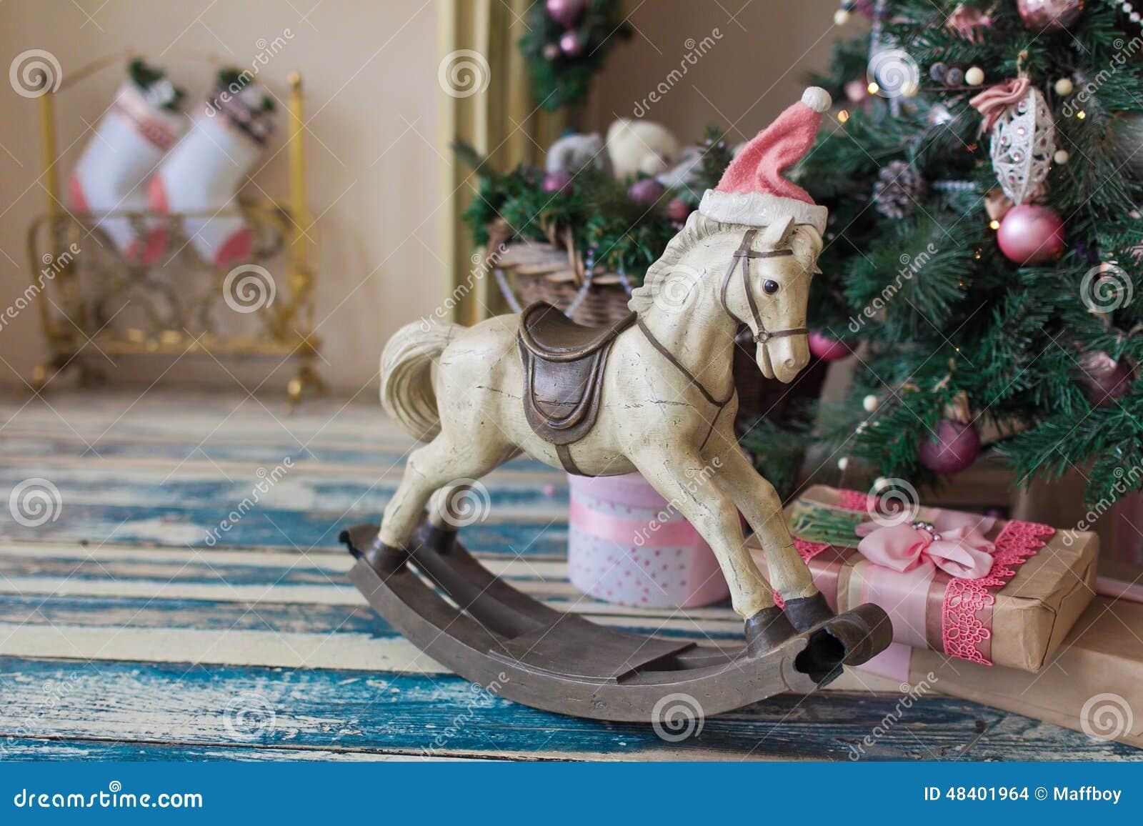 Cavallo Di Legno Giocattolo.Cavallo Di Legno Del Giocattolo Di Natale Fotografia Stock