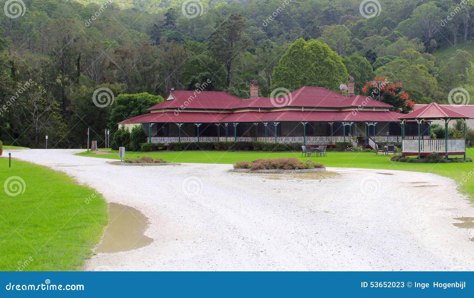 Cave et restaurant dans Canungra, montagne de Tamborine, Australie
