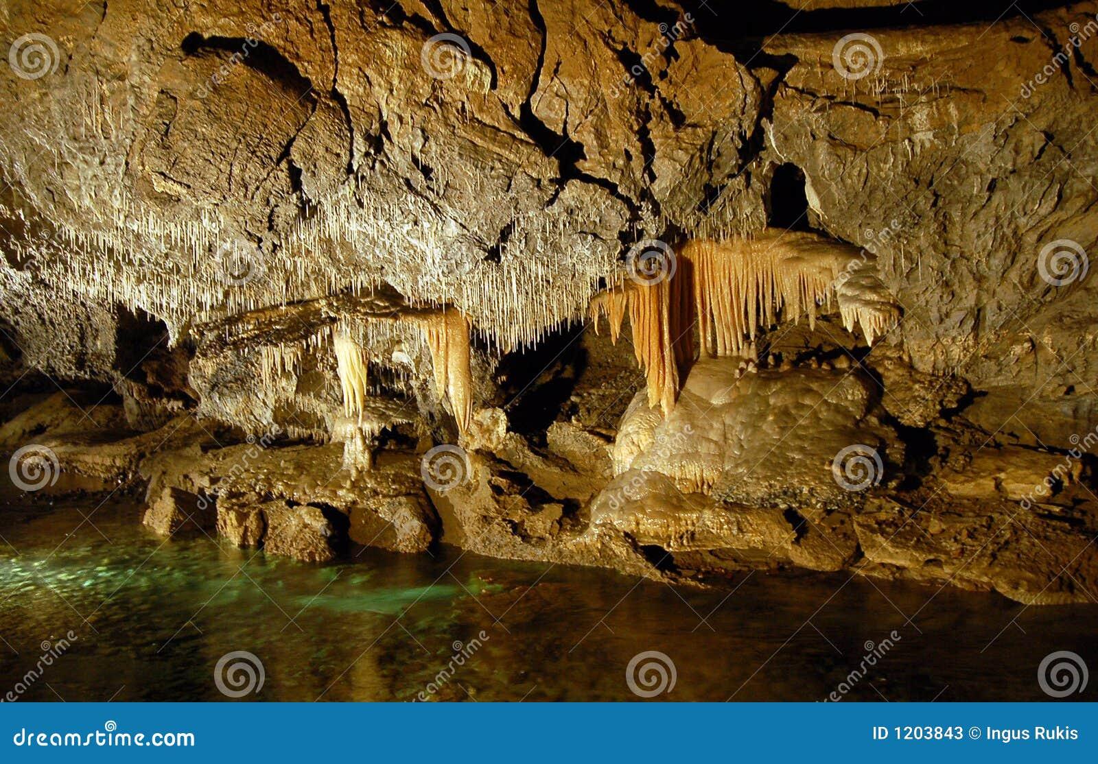 Caverna do Stalactite