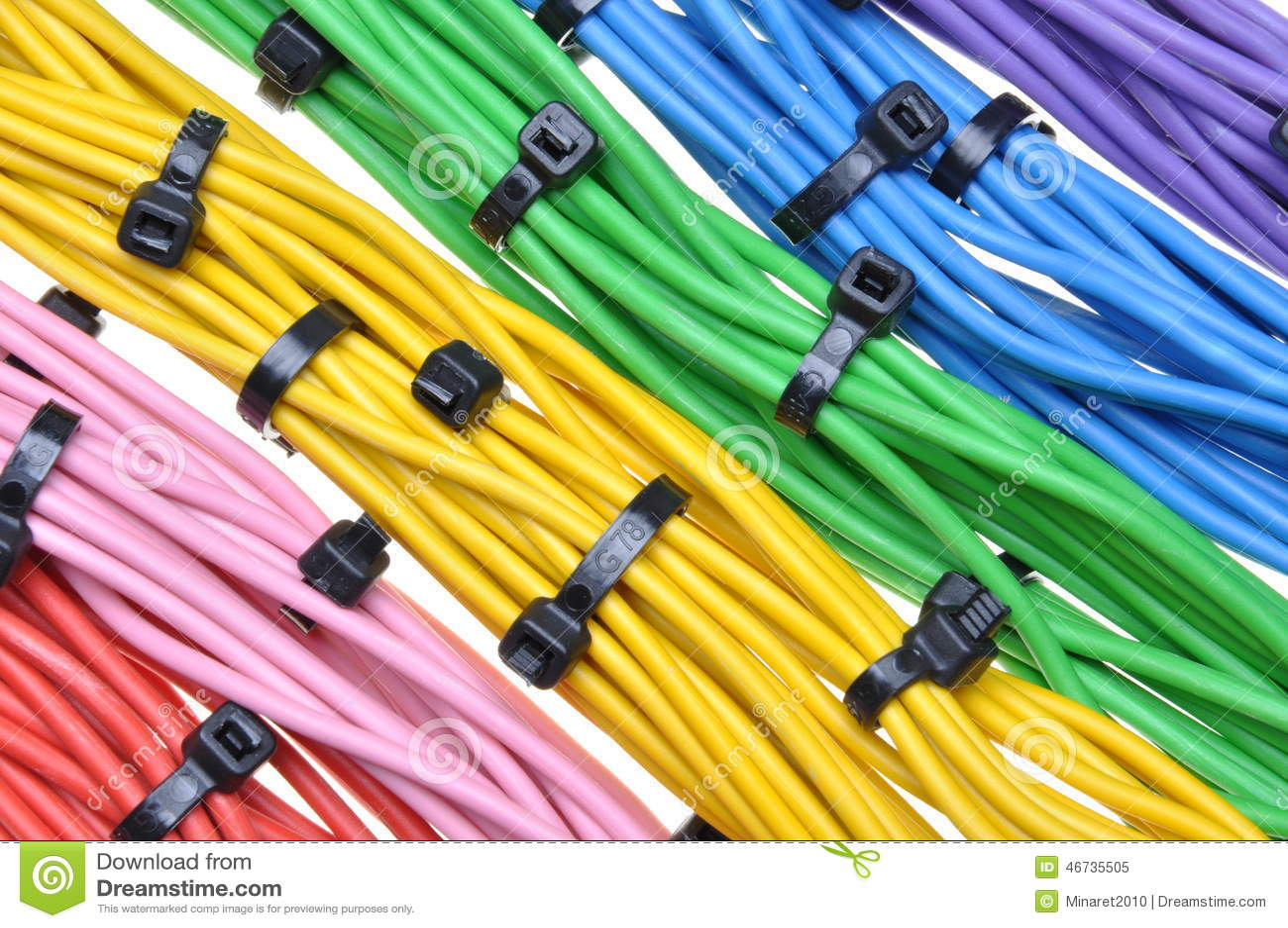 Cavi elettrici di colori con le fascette ferma cavo immagine stock immagine di isolato - Colori cavi elettrici casa ...