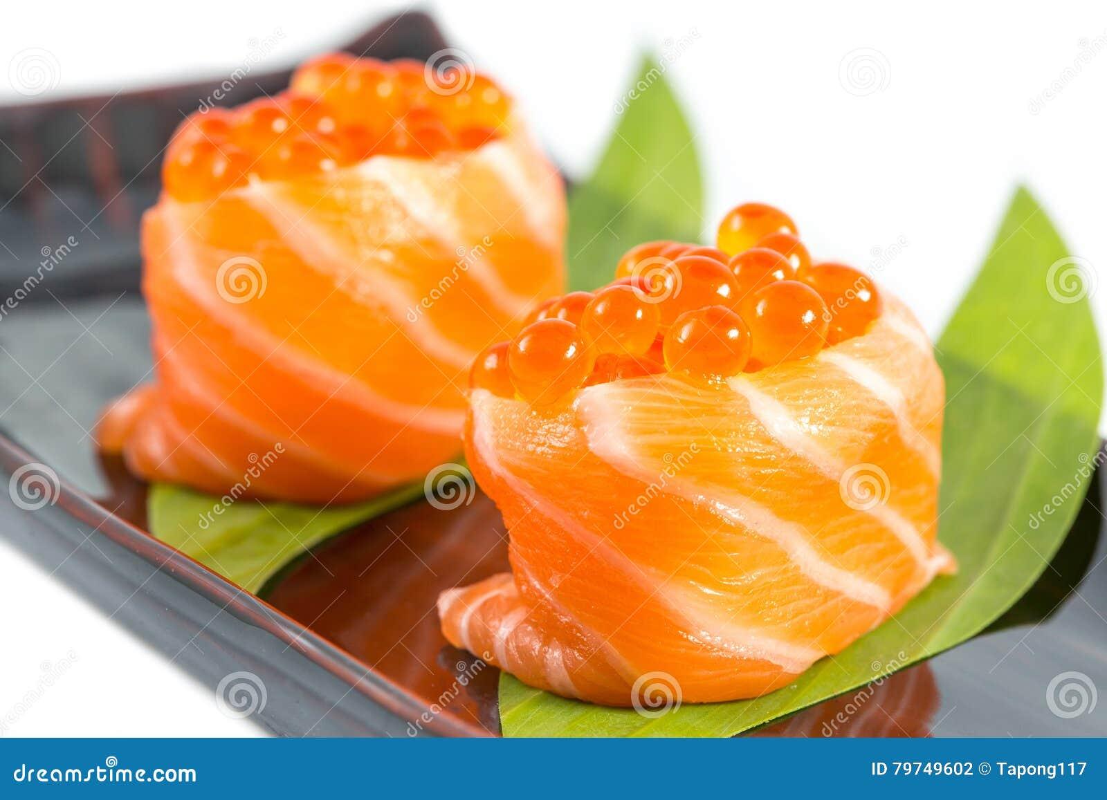 Caviar de color salmón