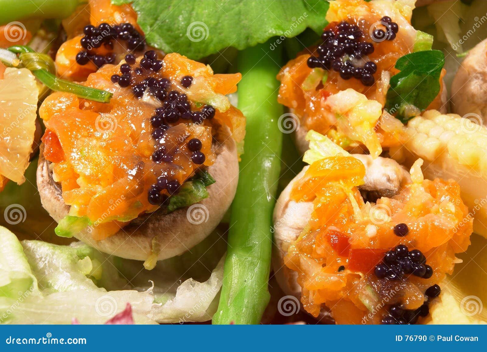 Caviar y salmones fumados 3