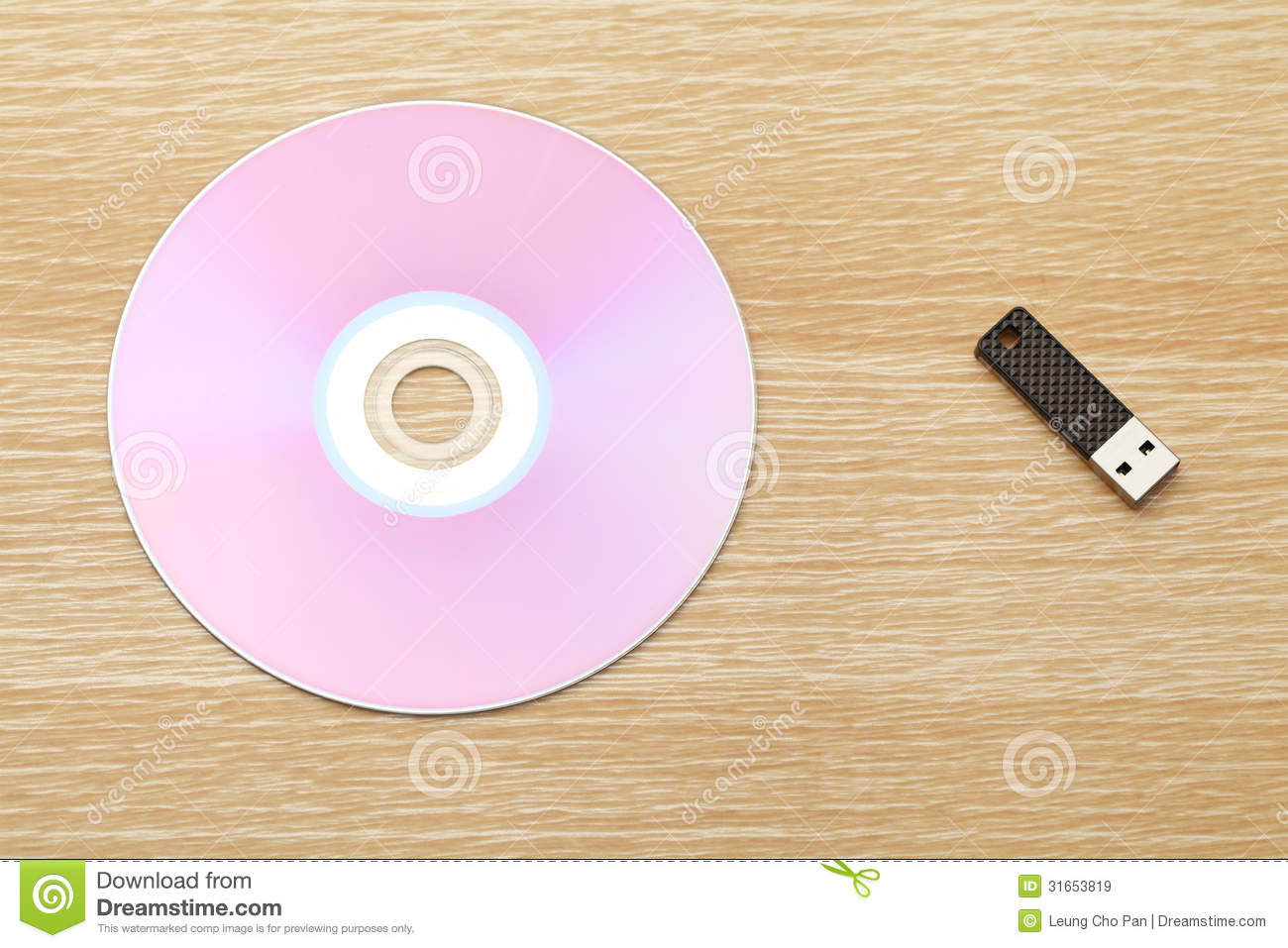 Cd And Usb Drive Stock Image Image Of Desk Serial Alter