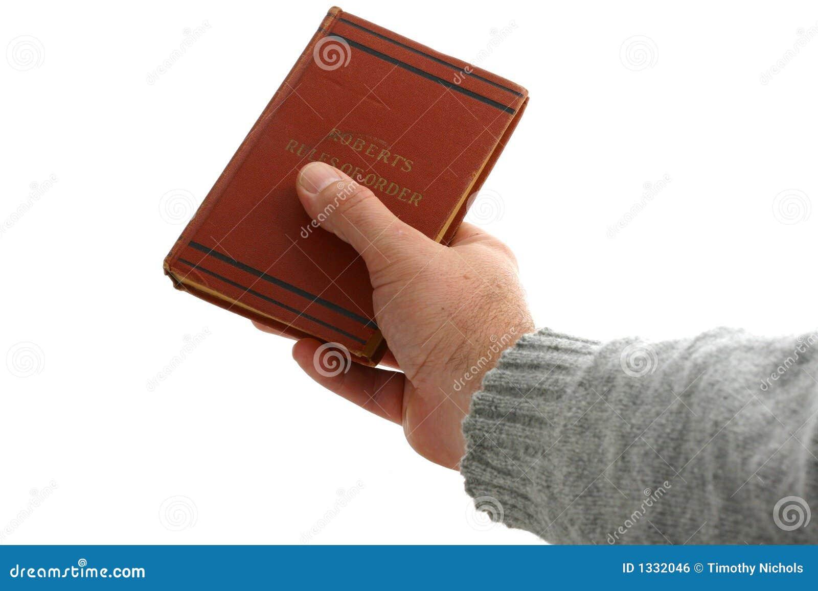 Cedendo um livro a um presidente novo