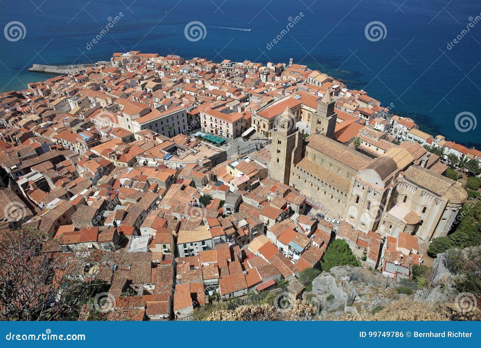 Cefalu w Sicily