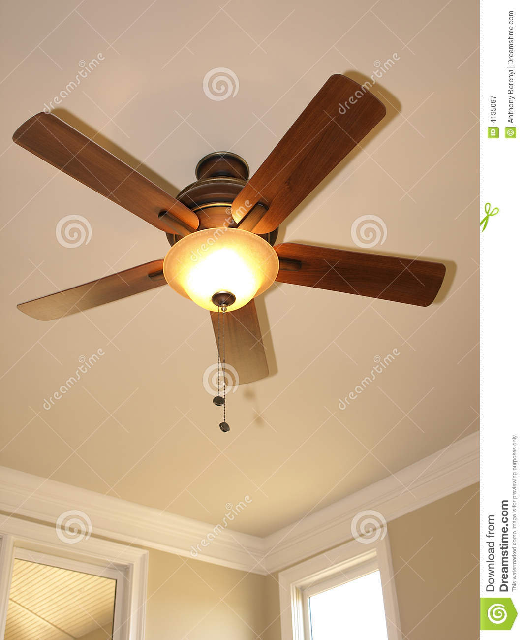 Ceiling Fan With Window 2 Royalty Free Stock graphy