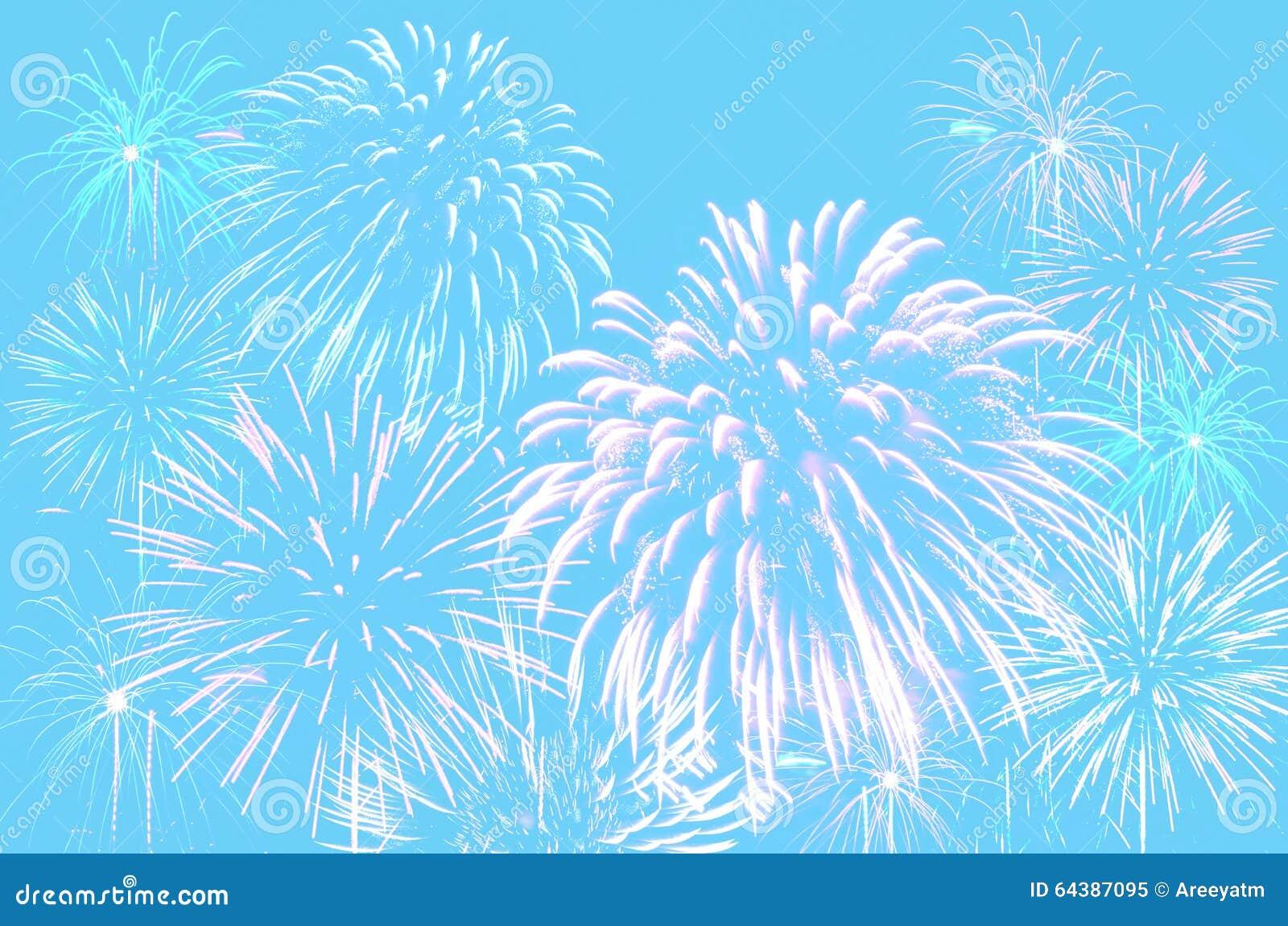 Celebração dos fogos-de-artifício no fundo ciano pastel da cor