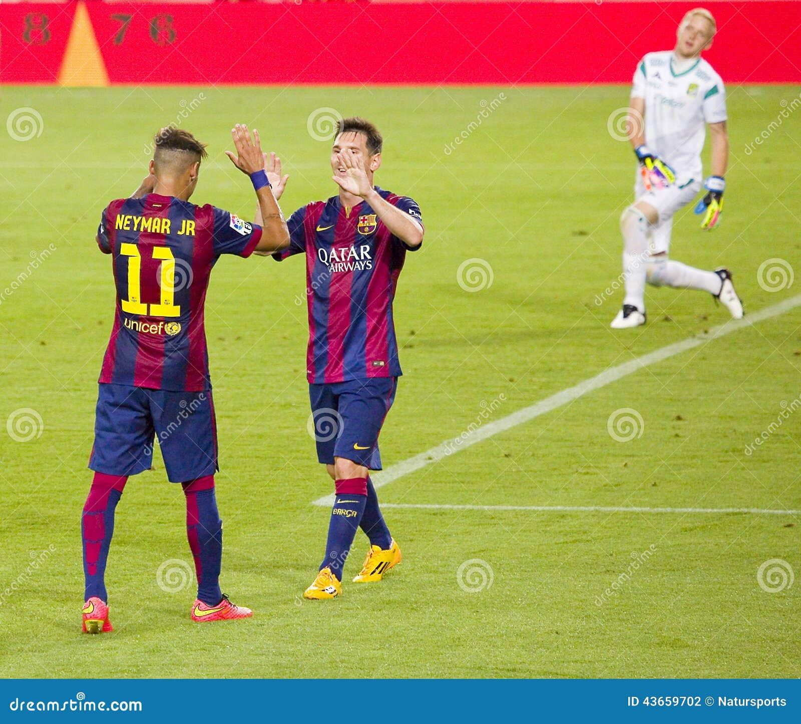 Celebración de la meta de Neymar y de Messi