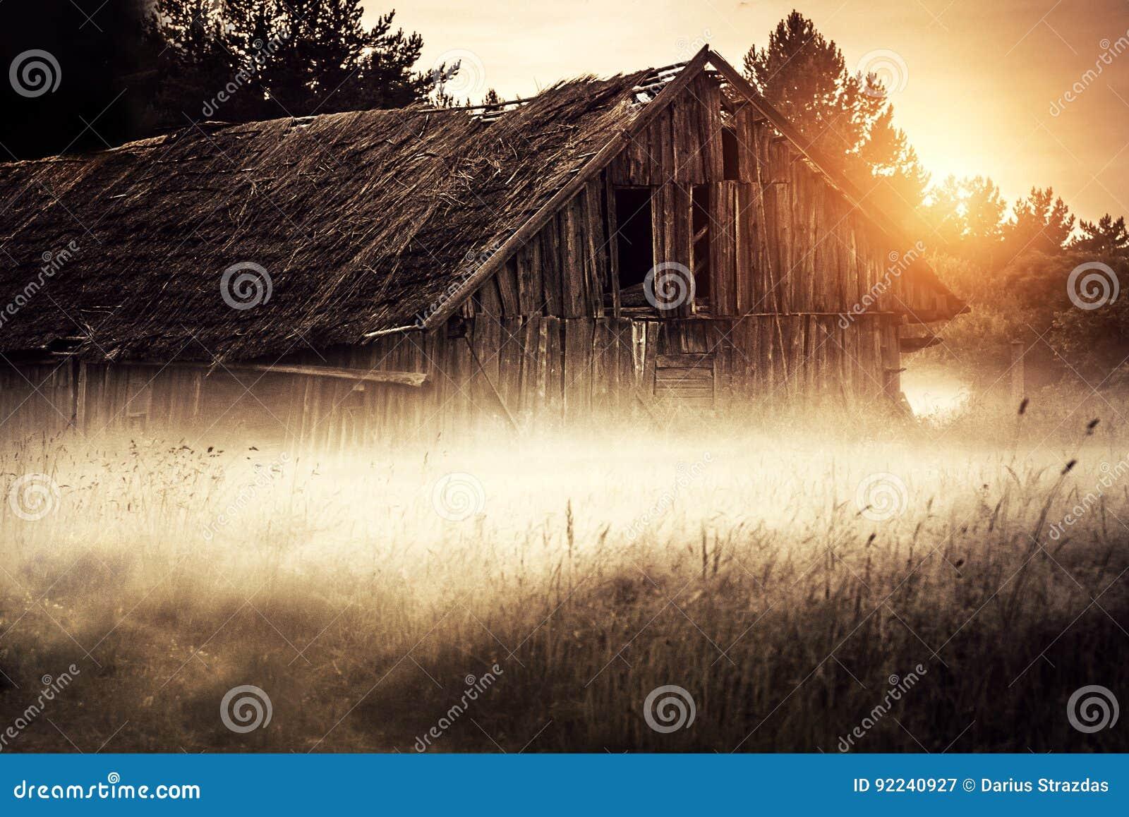 Celeiro rural velho