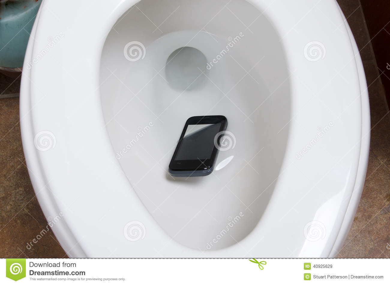 a cell phone in the toilet stock image image of toliet 40925629. Black Bedroom Furniture Sets. Home Design Ideas
