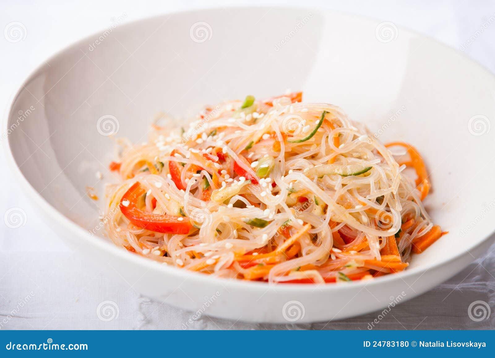 Салат из фунчозы с овощами рецепты с