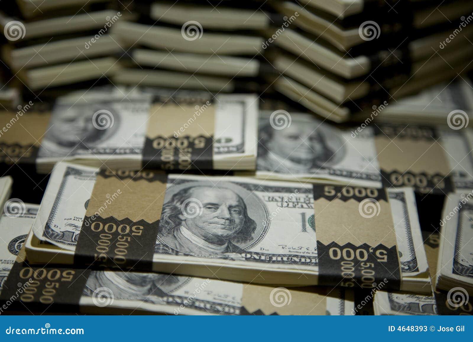 Cem dólares Bill empacotam 1
