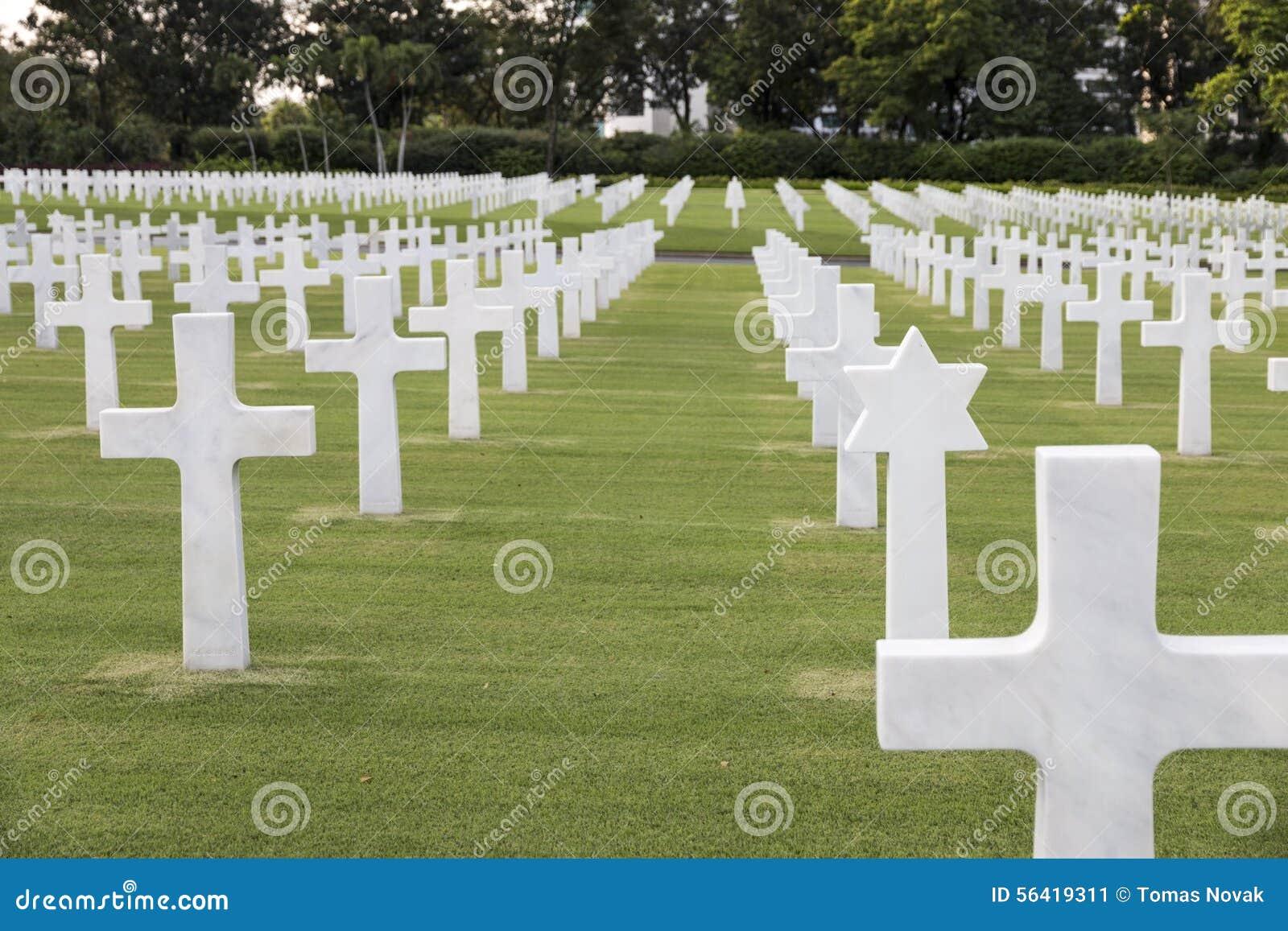 Cementerio militar de la guerra con la estrella judía