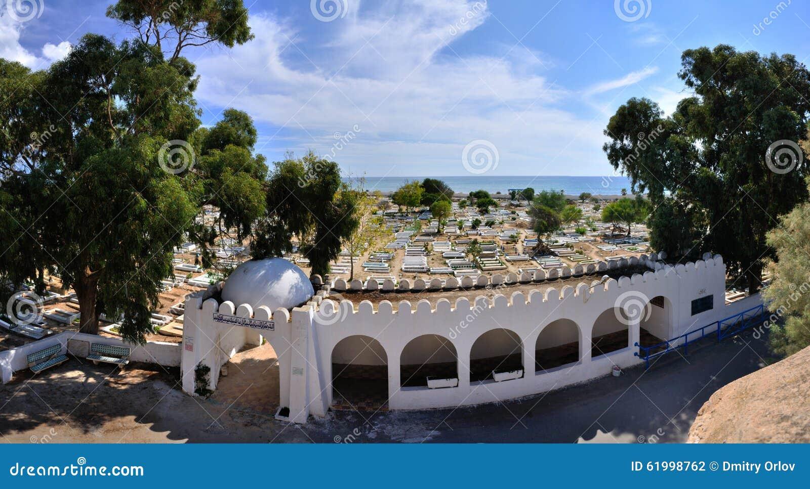 Cemitério antigo perto de Medina, Hammamet, Tunísia, S mediterrâneo