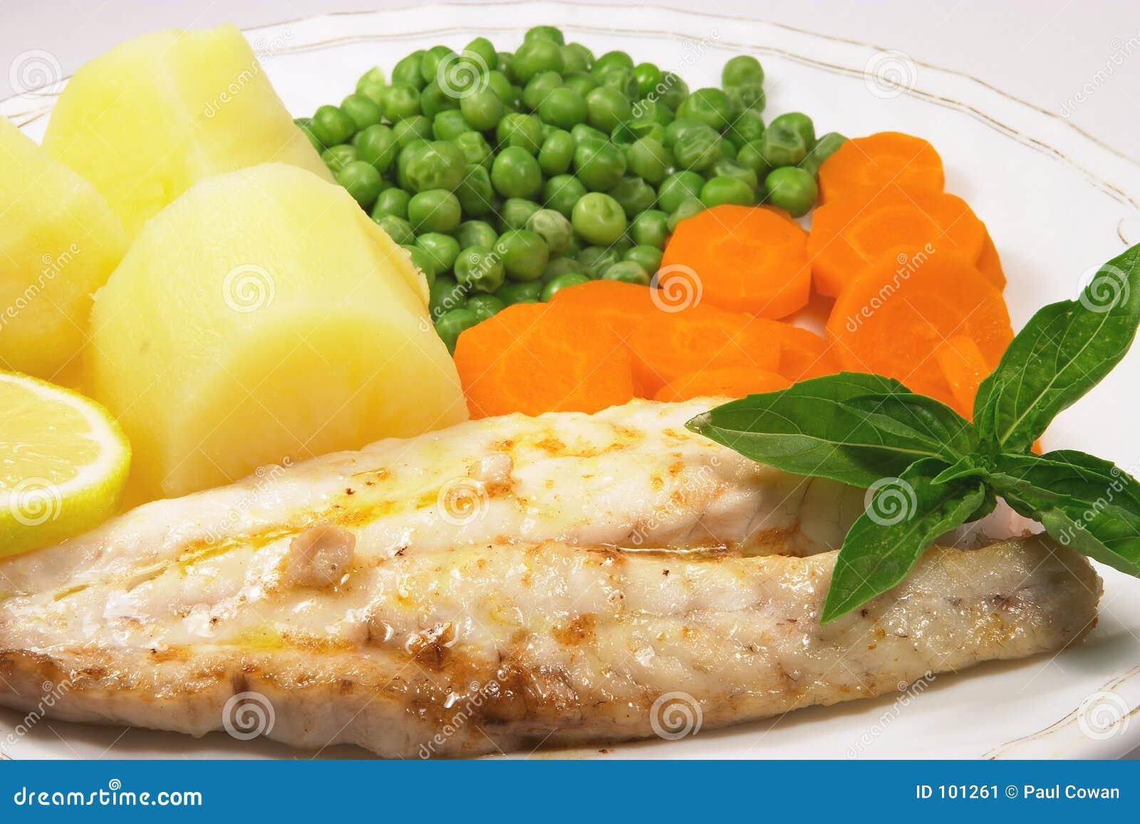 Cena asada a la parilla 4 de los pescados