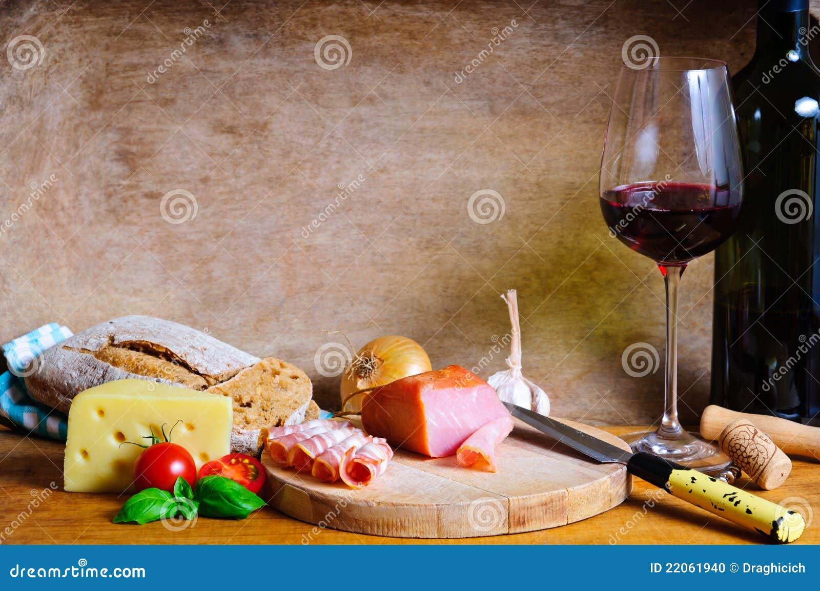Cena fría rústica de la placa