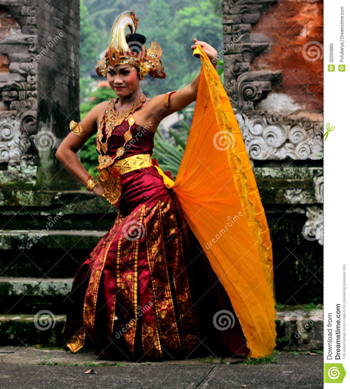 Cendrawasih Dance editorial image  Image of holiday