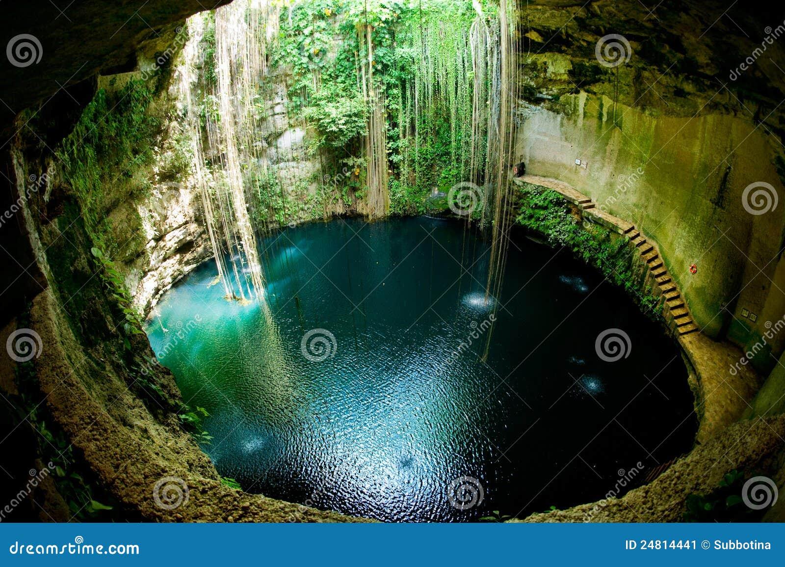 Cenote ik kil Μεξικό