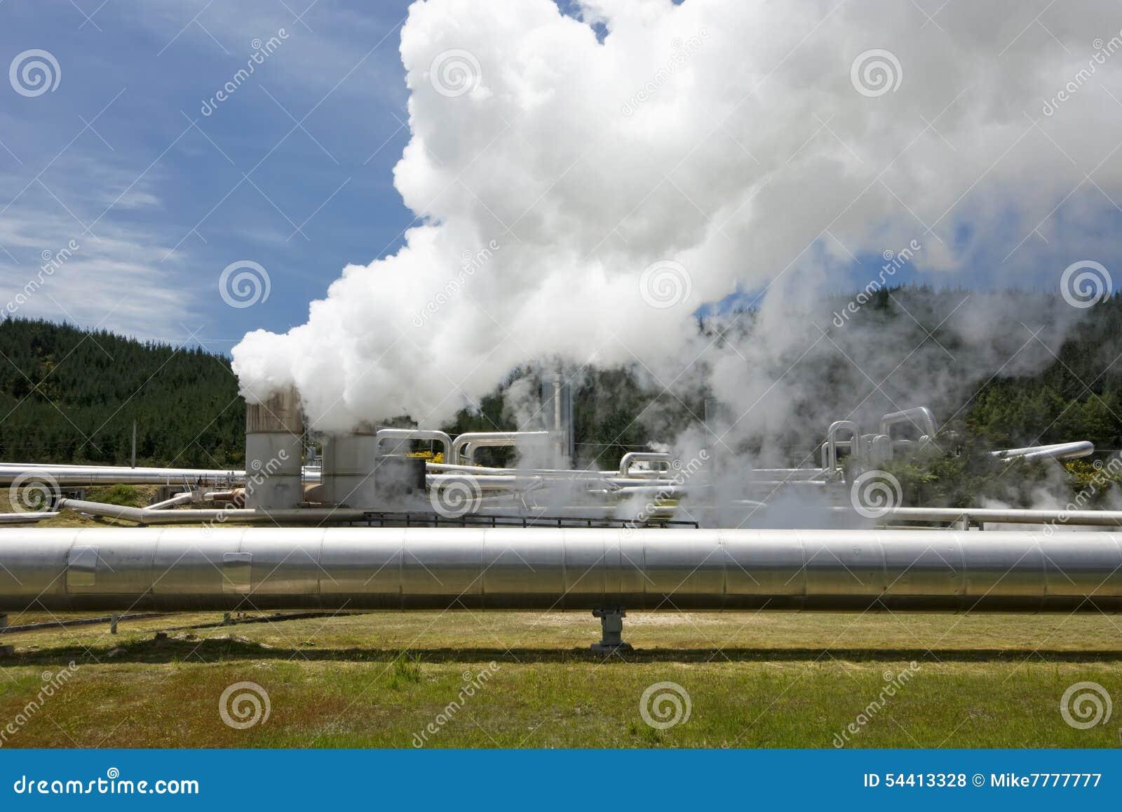Central eléctrica geotérmica cerca del campo geotérmico de Wairakei en Nueva Zelanda