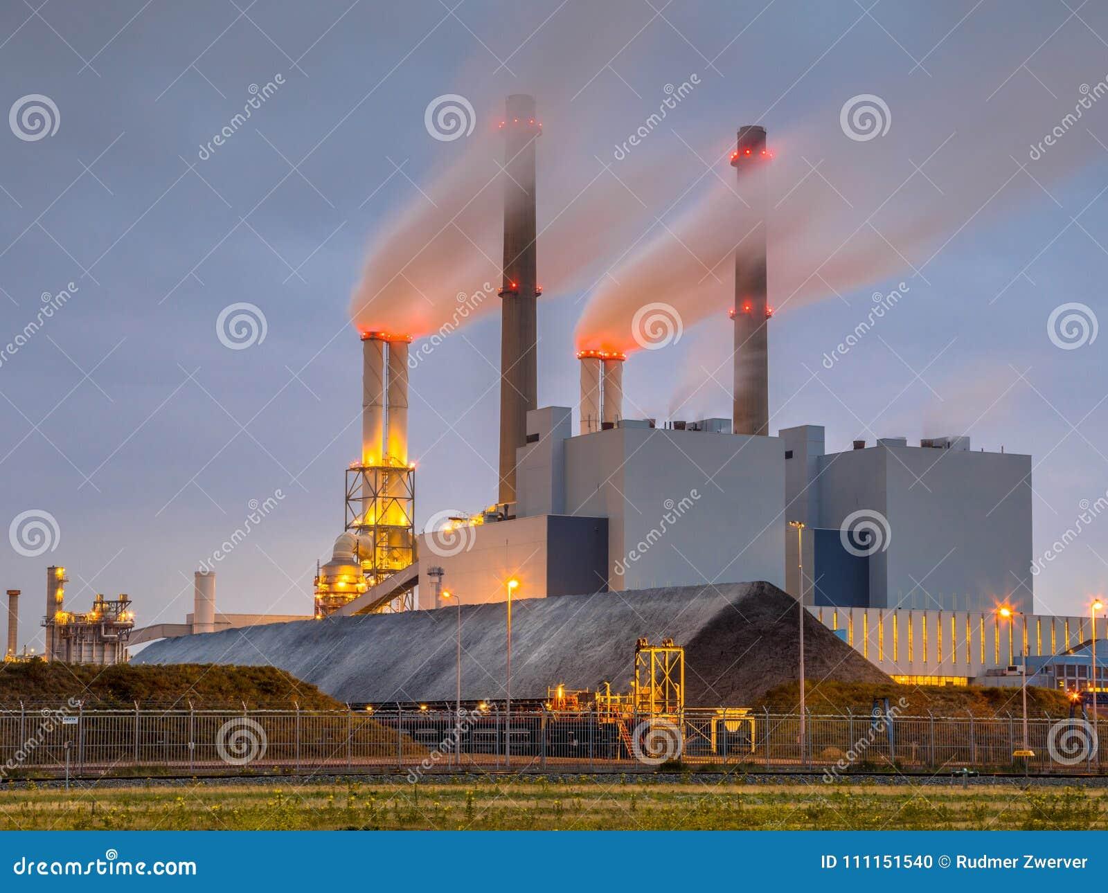 Central elétrica posto carvão de trabalho Rotterdam