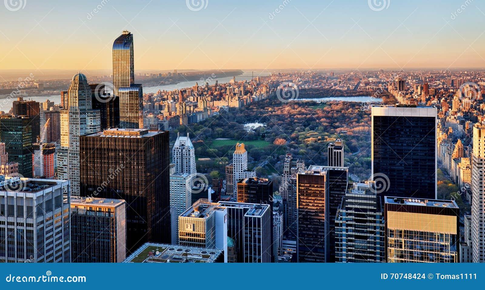 Central park new york au coucher du soleil photo stock - Coucher du soleil new york ...