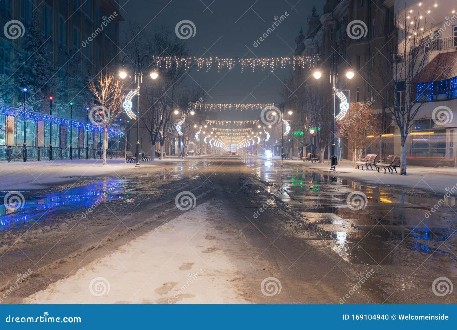 2020 Christmas Lights Pedestrian Central Pedestrian Street Saratov City   Kirova Avenue In