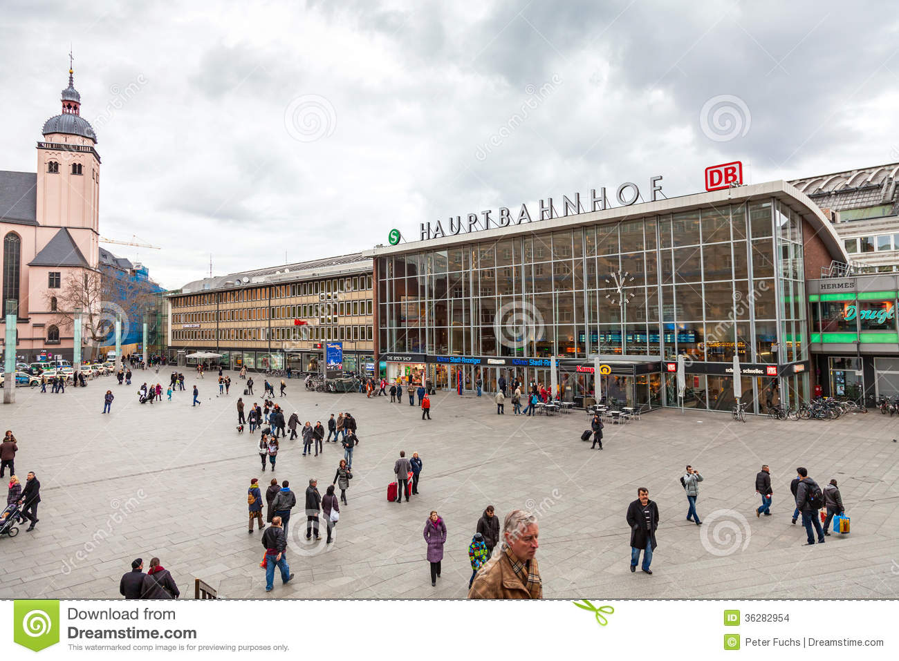 Central Station Cologne Editorial Stock Image. Image Of Germany - 36282954