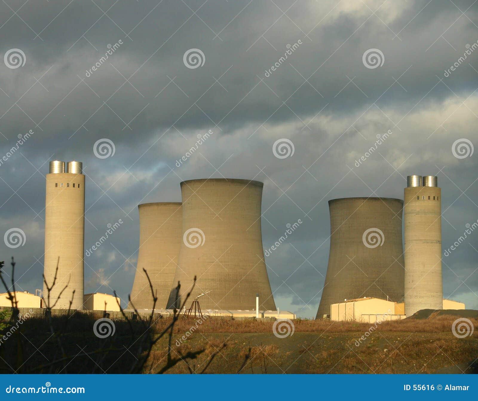 Download Centrale électrique 3 photo stock. Image du pierre, ciel - 55616
