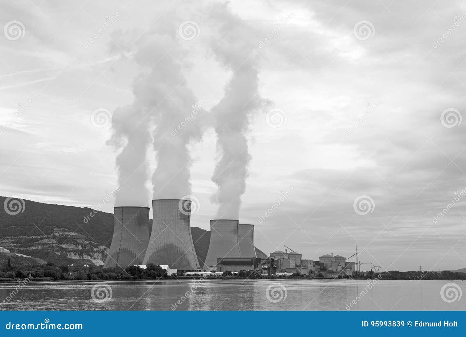 Centrale nucléaire le Rhône, Cruas, France