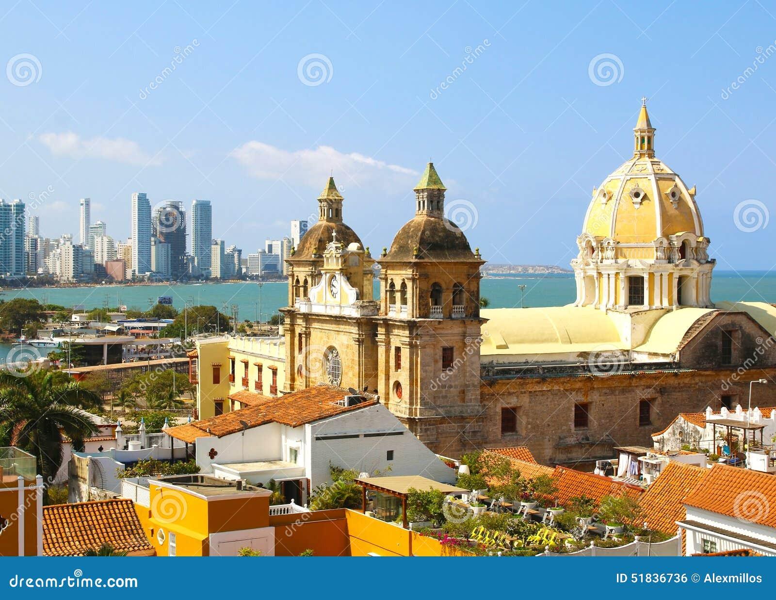 Centre historique de Carthagène, Colombie avec la mer des Caraïbes