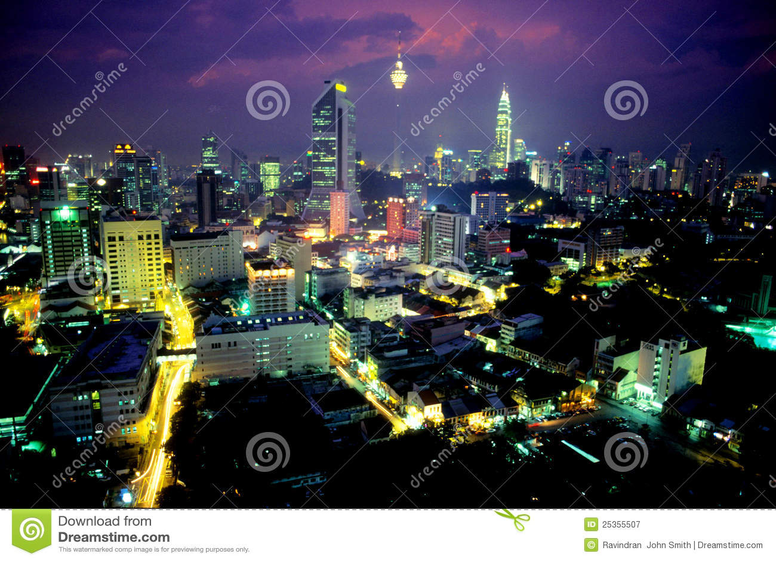 Centre miasta półmrok Kuala Lumpur