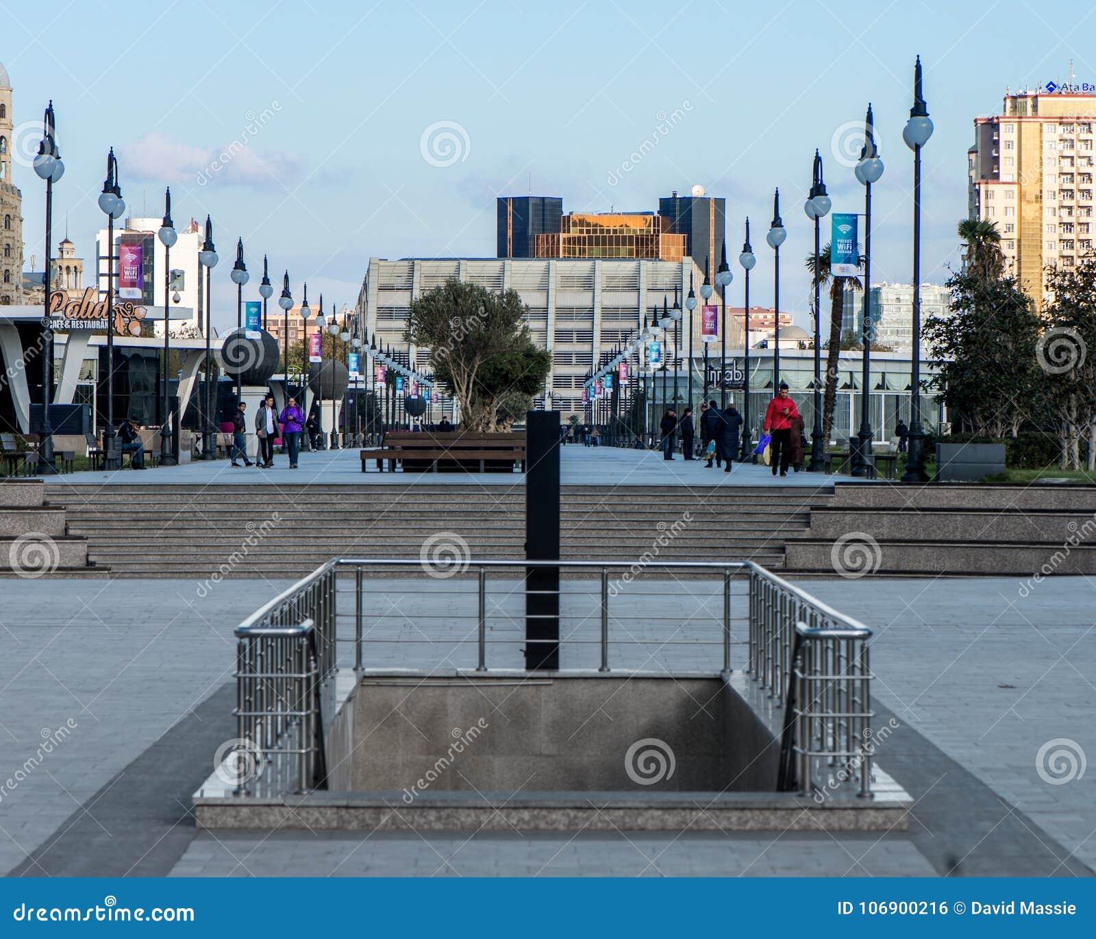 Centrum Miasta odnowienie z nowym parkiem