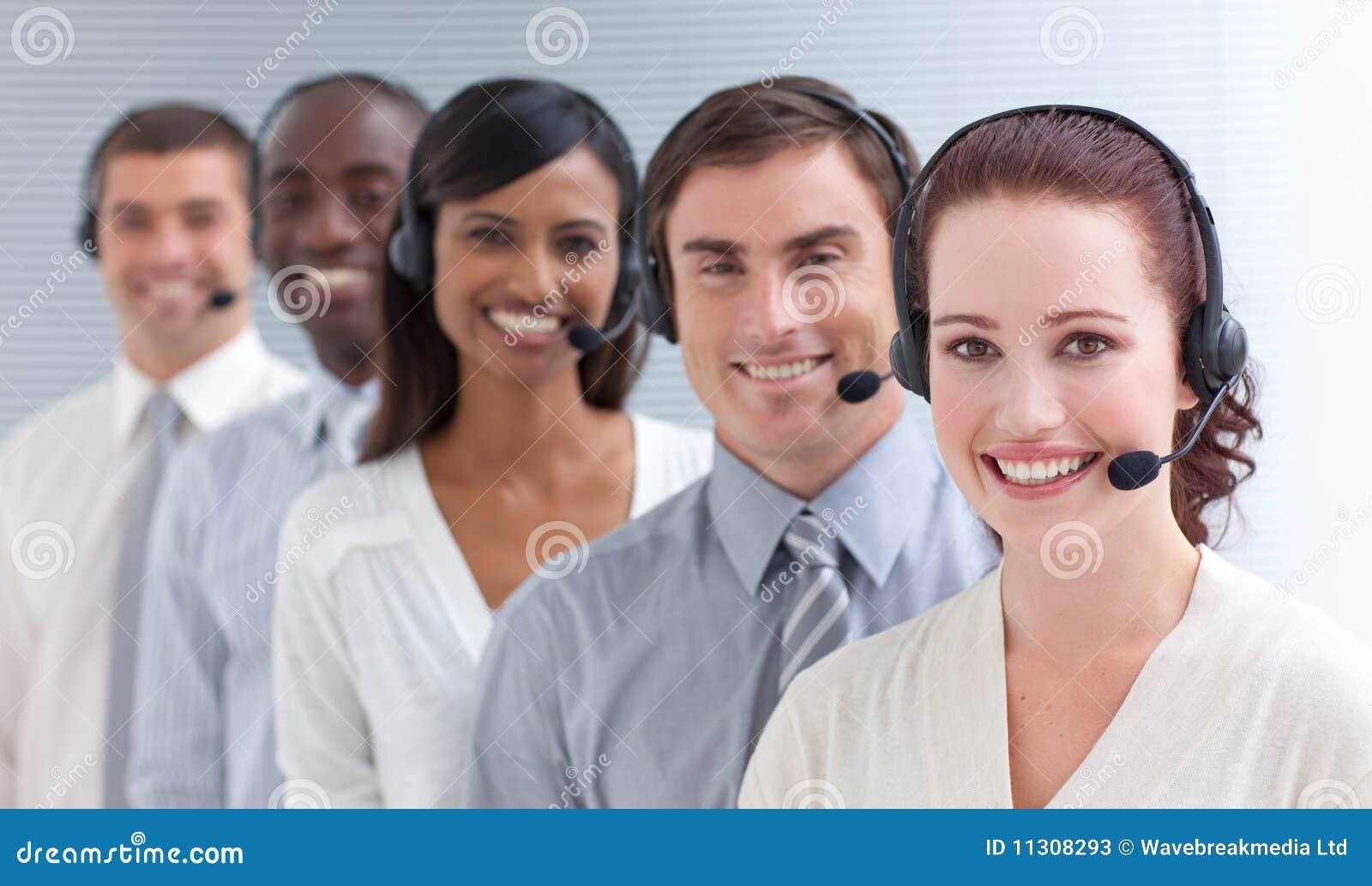 Centrum telefonicznego ludzie togother działania