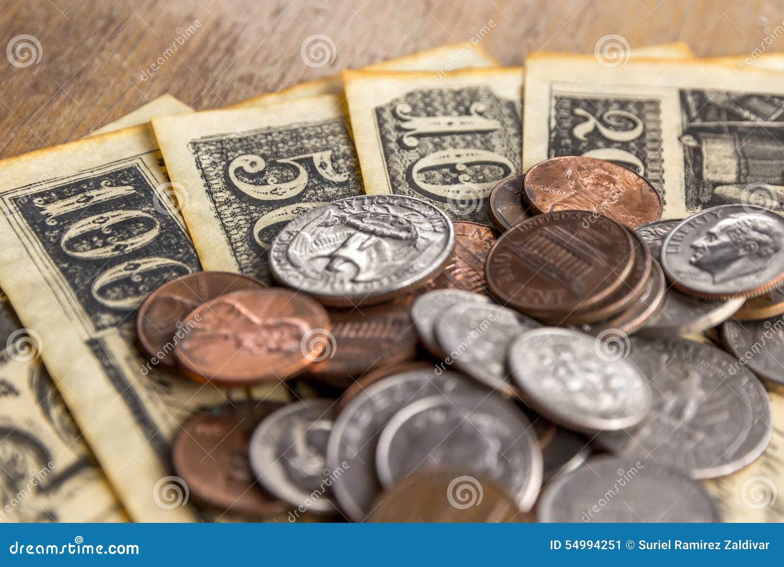 Cents et vieilles factures
