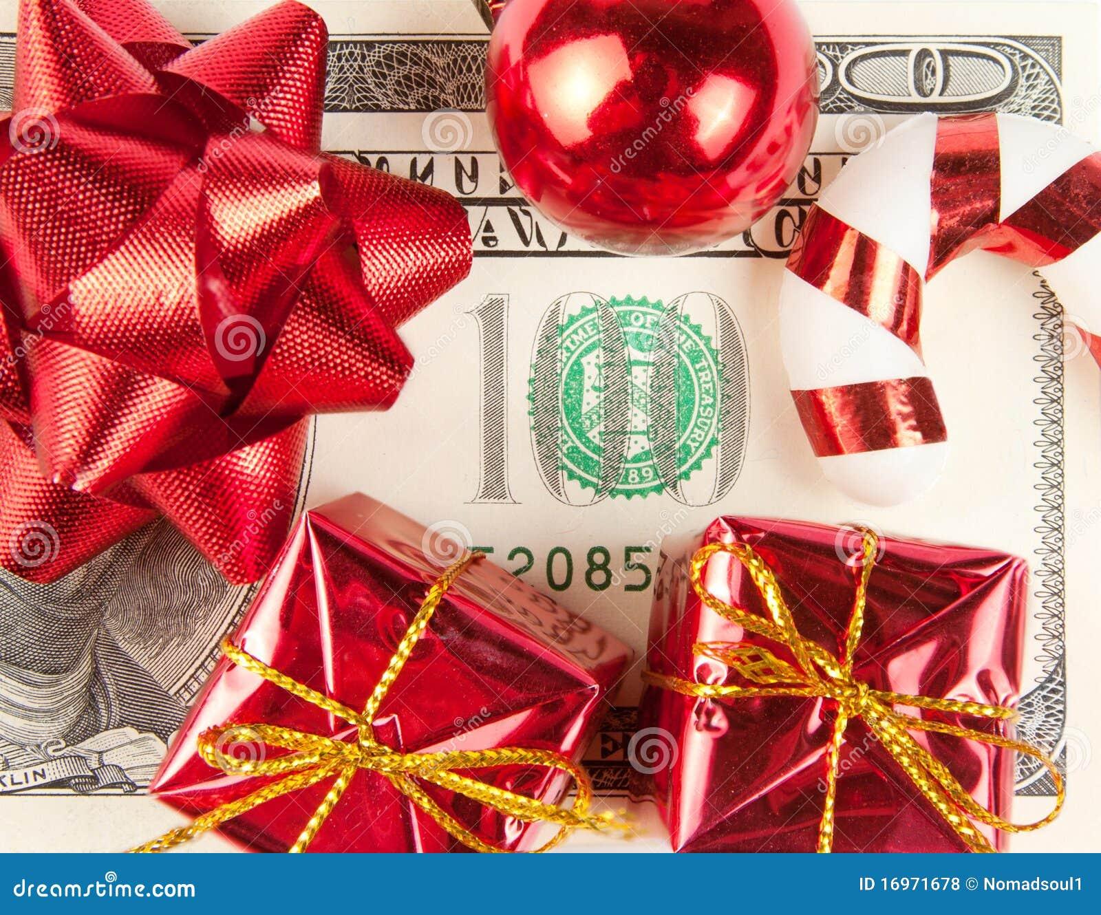Cents factures avec des ornements
